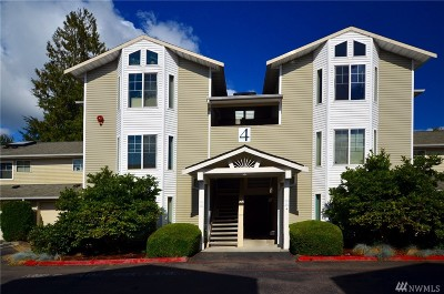 Everett Condo/Townhouse For Sale: 2001 120th Place SE #4-203
