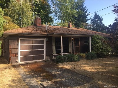 Seattle Single Family Home For Sale: 3030 NE 133rd St