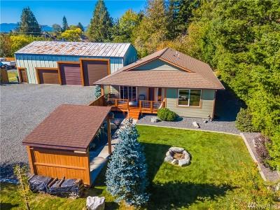 Single Family Home For Sale: 407 E Illinois St