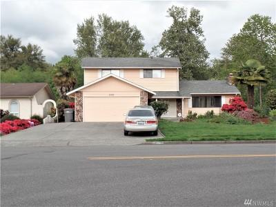 Auburn Single Family Home For Sale: 2010 Riverview Dr NE