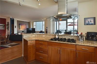 Bellevue Condo/Townhouse For Sale: 1100 106th Ave NE #905