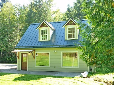 Single Family Home For Sale: 5027 Samish Wy