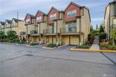 Bothell Condo/Townhouse For Sale: 19102 20th Dr SE #D104