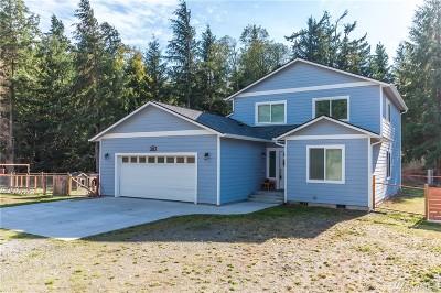 Oak Harbor Single Family Home For Sale: 660 Spitfire Lane