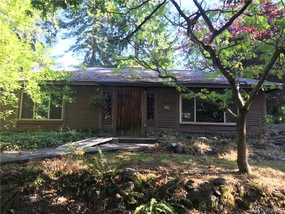 Mountlake Terrace Single Family Home For Sale: 23707 48th Ave W