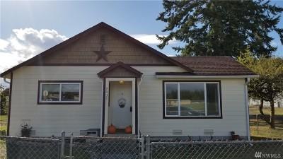 Shelton Single Family Home For Sale: 2437 Laurel St