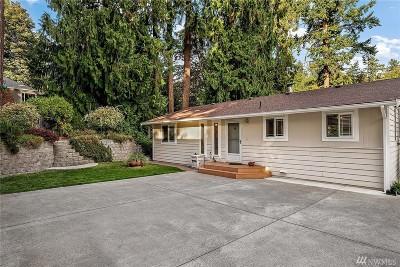 Kent Single Family Home For Sale: 25803 Lake Fenwick Rd