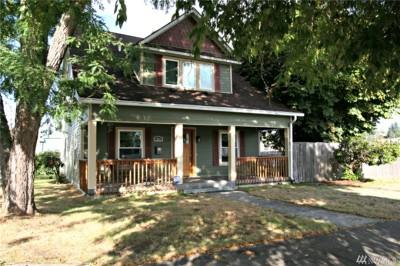 Centralia Single Family Home For Sale: 225 W Maple St