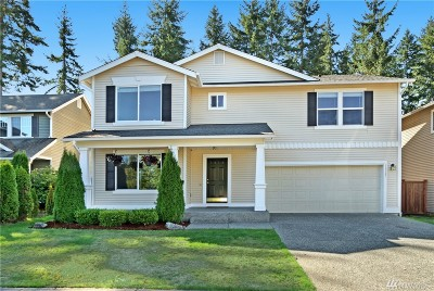 Maple Valley Single Family Home For Sale: 24237 237th Wy SE