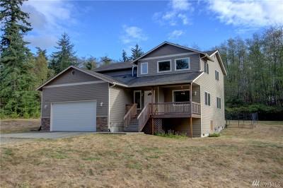 Oak Harbor Single Family Home For Sale: 1348 Blackberry Lane