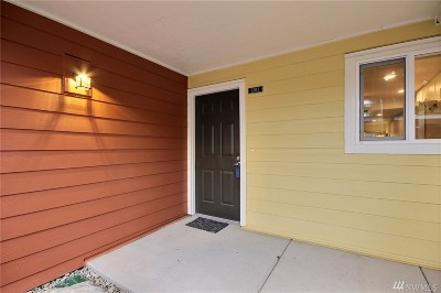 Bellevue Condo/Townhouse For Sale: 12621 SE 41st Place #G103