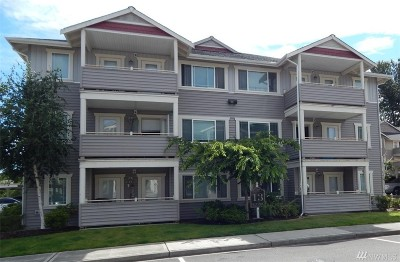Puyallup Condo/Townhouse For Sale: 13503 97th Ave E #104