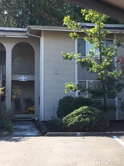 Redmond Condo/Townhouse For Sale: 17211 NE 45th St #81
