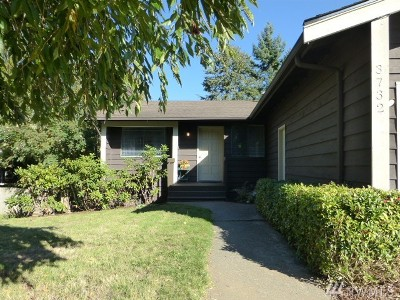 Single Family Home For Sale: 3732 Beazer Rd