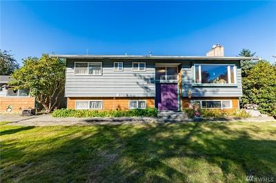 Lake Stevens Single Family Home For Sale: 9809 2nd St SE