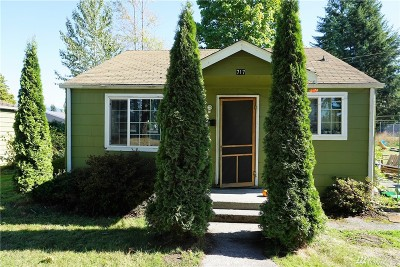 Sedro Woolley Single Family Home For Sale: 717 Township