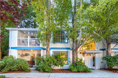 Redmond Condo/Townhouse For Sale: 8653 Avondale Rd NE #C105