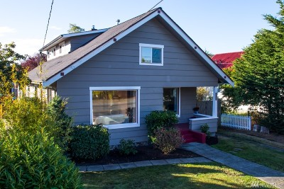 Anacortes Single Family Home For Sale: 1811 12th St