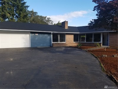 Lakewood Single Family Home For Sale: 3253 90th St S