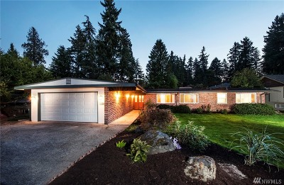 Mercer Island Single Family Home For Sale: 3842 E Mercer Way ( Private Dr)