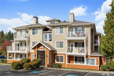 Condo/Townhouse For Sale: 564 225th Lane NE #A206