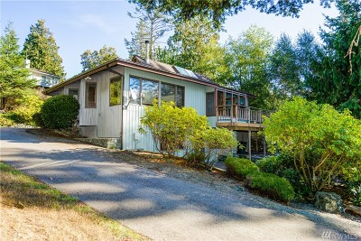 Anacortes Single Family Home For Sale: 4708 Anaco Beach Rd