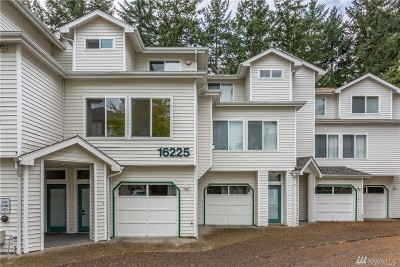 Bellevue Condo/Townhouse For Sale: 16225 Northup Wy #A101