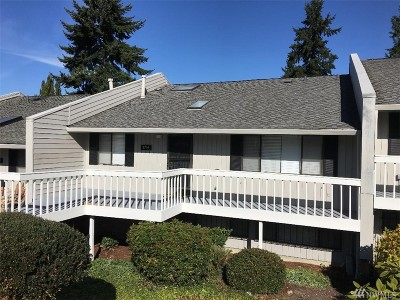 Federal Way Condo/Townhouse For Sale: 2710 SW 327th St #D-22