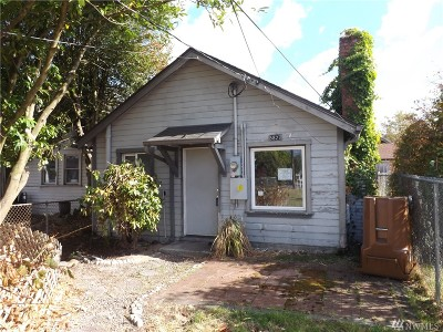 Tacoma Single Family Home For Sale: 5827 S Puget Sound Ave