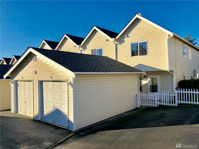 Tacoma Condo/Townhouse For Sale: 5135 Green Hills Ave NE #A