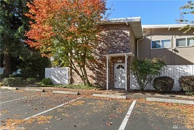 Bellevue Condo/Townhouse For Sale: 12251 SE 59th St #Z106