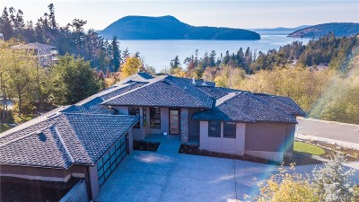 Anacortes WA Single Family Home Pending: $1,099,000