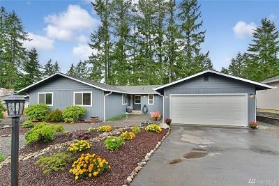 Single Family Home For Sale: 270 E Fairway Dr