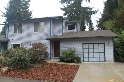 Bellevue Condo/Townhouse For Sale: 805 142nd Place SE