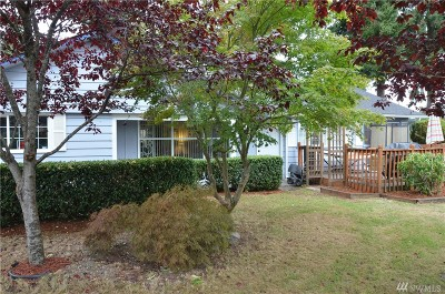 Lakewood Single Family Home For Sale: 8702 Hipkins Rd SW