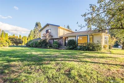Auburn Single Family Home For Sale: 15927 SE Lake Holm Rd