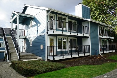 Bellevue Condo/Townhouse For Sale: 12526 SE 32nd St #32