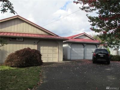 Sumner Single Family Home For Sale: 15521 Elm St E