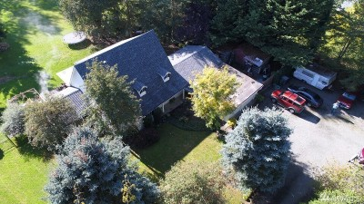 Buckley Single Family Home Contingent: 27116 Entwhistle Rd E