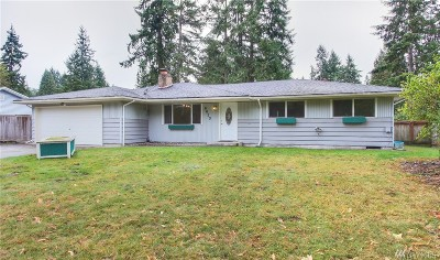 Lakewood Single Family Home For Sale: 8420 116th St SW