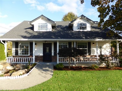 Single Family Home For Sale: 7631 69th Ave SE