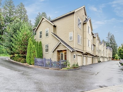 Bothell Condo/Townhouse For Sale: 10625 Ross Rd #E