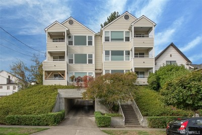 Seattle Condo/Townhouse For Sale: 1725 24th Ave #201