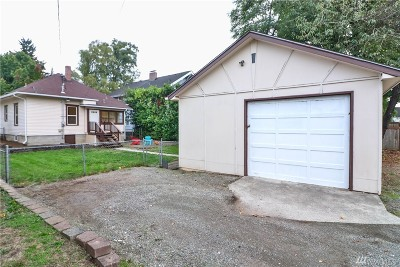 Centralia Single Family Home For Sale: 907 N Pearl St