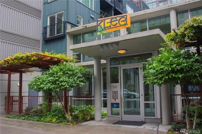Seattle Condo/Townhouse For Sale: 2717 Western Ave #332