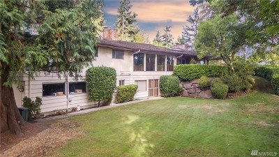Bellevue Single Family Home For Sale: 2909 Bellevue Wy NE