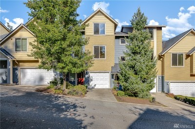 Issaquah Single Family Home For Sale: 2042 NW Boulder Way Dr