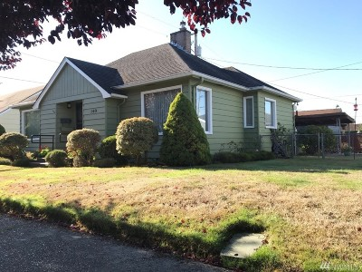 Chehalis Single Family Home For Sale: 140 SW McFadden Ave