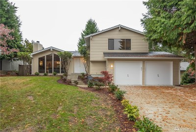 Bellevue Single Family Home For Sale: 12937 SE 44th Ct
