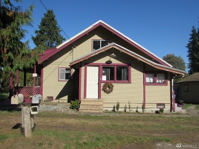 Centralia Single Family Home For Sale: 2502 N Pearl St